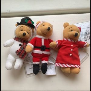 Disney Store Japan Christmas Pooh 4 inch magnets (set of 3)